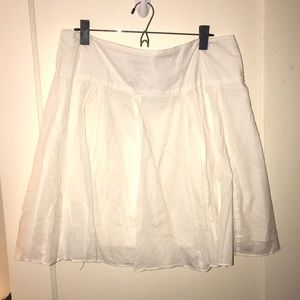White flowy pleated skirt